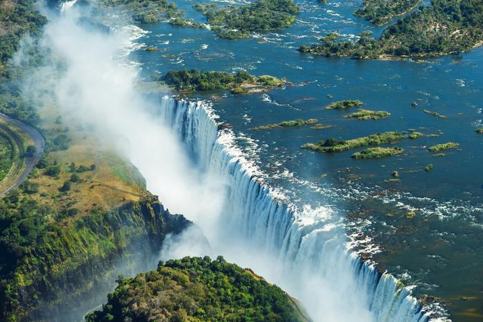 ヴィクトリアの滝の画像 p1_25