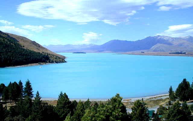 一度は行きたい!神秘的すぎる世界の絶景湖7選 - おすすめ旅行 ...