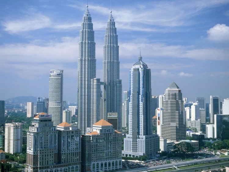 クアラルンプール】マレーシアの大都会にそびえ立つ一度は行きたい ...