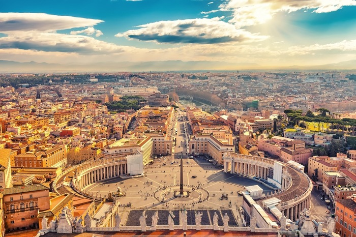 世界最小国「バチカン市国」観光の見どころ、行き方まとめ