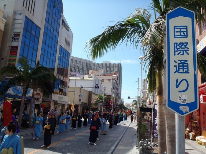 沖縄で一番賑やかなストリート国際通りでショッピング5選 ...