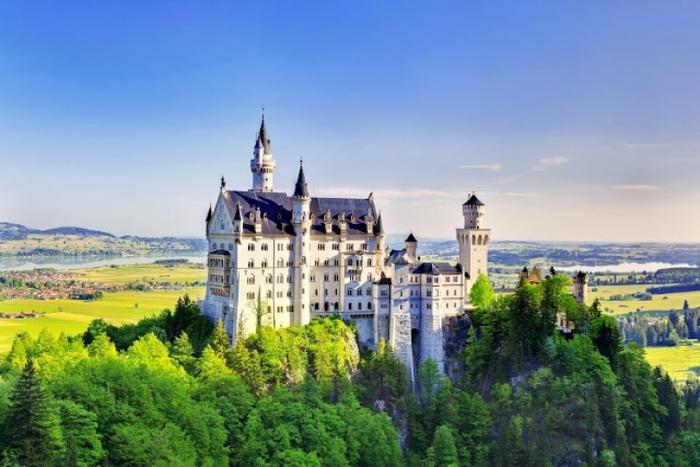 【ドイツ】シンデレラの世界! ノイシュバンシュタイン城観の見どころ・行き方・注意点まとめ