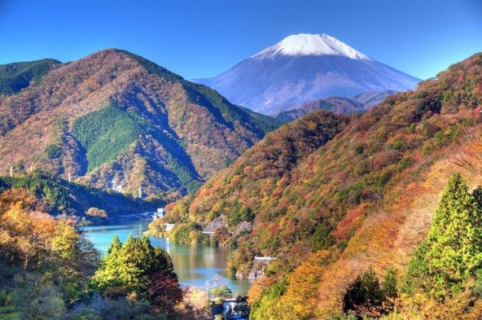 【2018年版】手軽に楽しめる紅葉登山ツアー! 関東甲信の絶景スポットまとめ