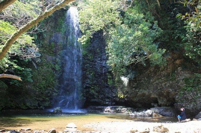 沖縄本島で行ってみたいパワースポットとして有名な人気の滝5選