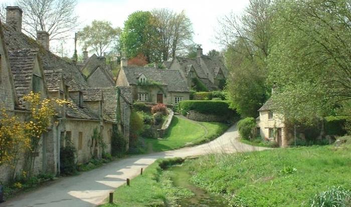 「イギリス 画像 田舎」の画像検索結果