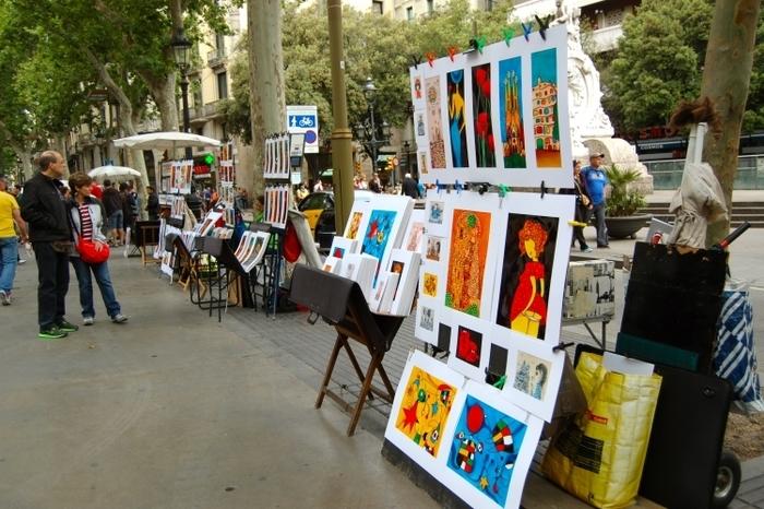 【バルセロナ】多種の魅惑アートが広がる巨大な通りの美術館「ランブラス通り」
