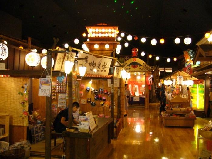 【東京】大江戸温泉物語で江戸情緒を感じれる館内を完全ガイド