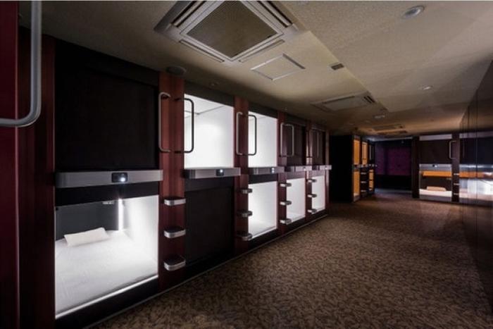 大阪の格安旅行に!女性専用フロアもあるカプセルホテル
