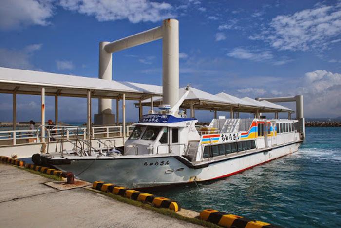 海!空!水牛車!いま竹富島がアツい!古き良き沖縄を過ごそう。