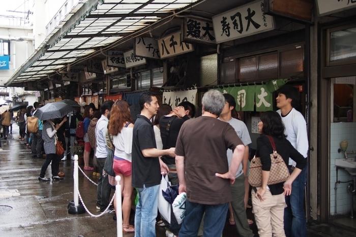築地市場に行くなら「場内」がおすすめ?食べ買いを満喫する方法