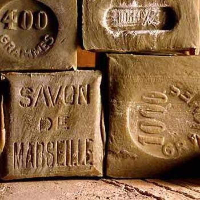 フランス土産にオススメ! キュートで高品質なマルセイユ石鹸♪