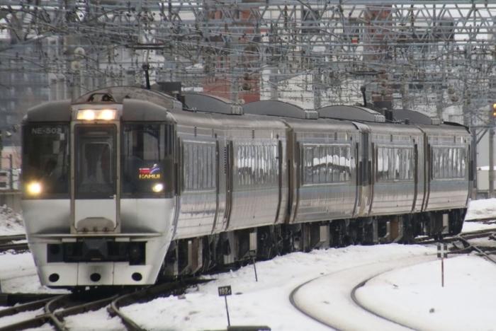 【北海道】札幌から旭川への交通手段を徹底比較!(電車・高速バス・車)