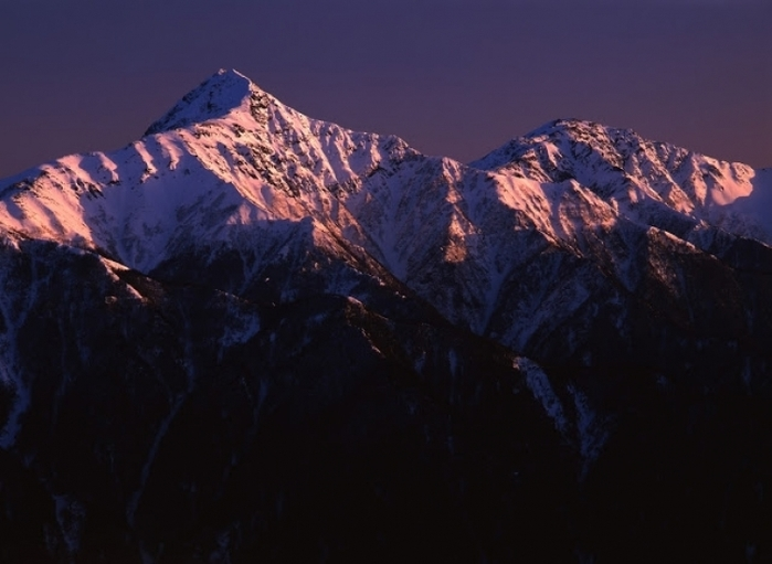 初めての山小屋泊登山でも挑戦できる! 日本第2の北岳
