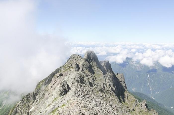 【長野・岐阜】山小屋泊登山で挑む、初めての「奥穂高岳」登頂ガイド