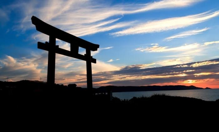 【山口】伏見稲荷だけじゃない! 鳥居が並ぶ「元乃隅稲成神社」観光ガイド