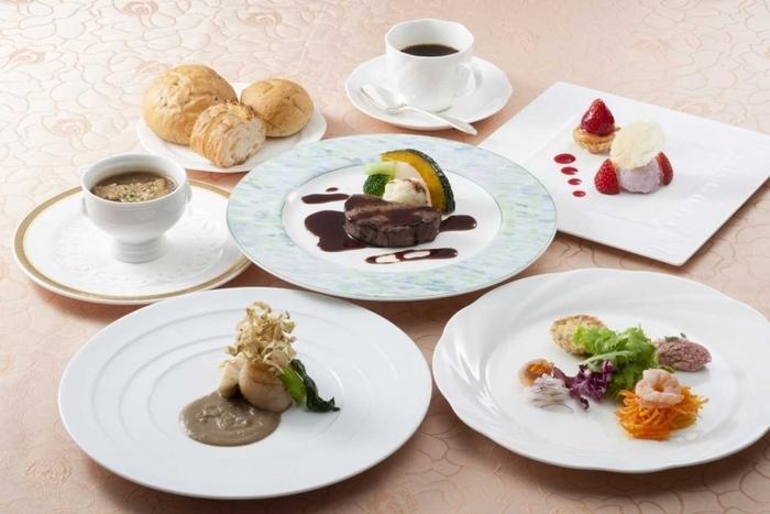 【山梨】夜景・温泉・グルメの3拍子揃うフルーツパーク富士屋ホテルの魅力(割引あり)