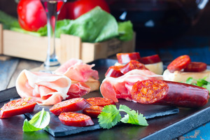 【東京】高級食材イベリコ豚を味わえるおすすめの人気スペインバル5選
