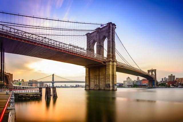 ニューヨーク】ブルックリン橋観光ガイド:世界一古い吊橋を渡ろう ...