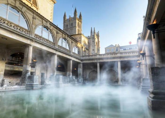 イギリス】バース市街で温泉観光! ローマ時代の温泉浴場と貴族の社交場 - おすすめ旅行を探すならトラベルブック(TravelBook)