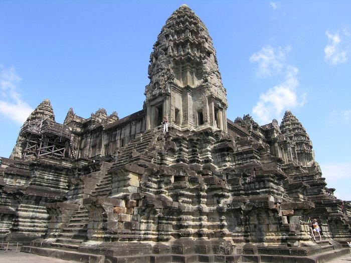 カンボジア】アンコール 600年の...