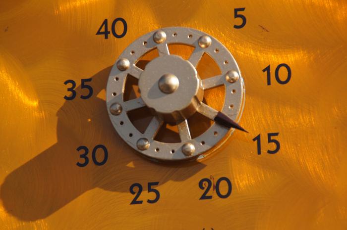 【東京ディズニーランド・シー】アトラクション待ち時間を有効に使う方法を解説