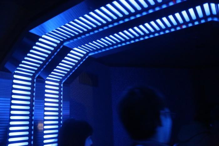 【東京ディズニーランド】人気なのにすぐ乗れる「スター・ツアーズ」の魅力とは?