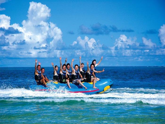 【沖縄】恩納村の天然白浜ビーチ! リザンシーパークホテル谷茶ベイの魅力を徹底解説