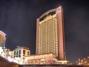 地上110mからの眺望を味わう「ホテル京阪ユニバーサルタワー」の施設ガイド