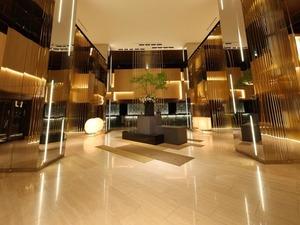 ANAクラウンプラザホテル大阪:大阪の街を見下ろすラグジュアリー空間