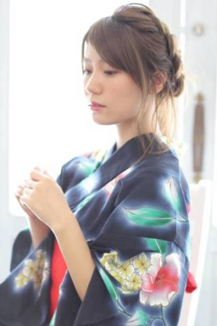 【浴衣に似合う髪型・へアスタイル】夏の思い出に色っぽさと可愛さを