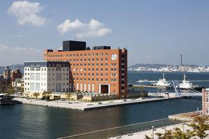 プレミアホテル門司港:レトロな街並みと調和する名ホテル