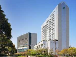ホテルスプリングス幕張の魅力:ヨーロッパ宮殿のようなラグジュアリーホテルで夢の時間を