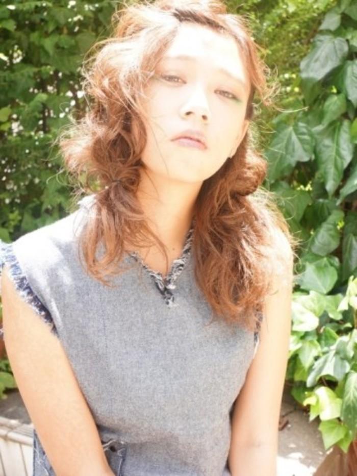 簡単でルーズが可愛い♪セミロングヘア・髪型で出来るヘアアレンジ