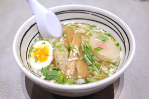 大阪でこれだけは食べておきたいおすすめ塩ラーメン10選