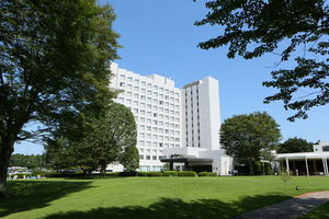 ラディソンホテル成田:空港から無料シャトルバスで20分。森に囲まれたプレミアムなホテル