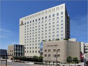 ホテルニュー長崎:長崎駅に隣接。客室からの眺望と長崎色あふれる朝食も自慢のシティホテル