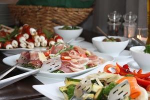大阪のホテルバイキングまとめ:贅沢なホテルの料理が食べ放題