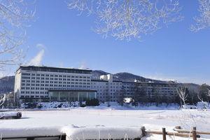 ニュー阿寒ホテル:天空ガーデンスパが新オープン。釧路の阿寒湖畔に建つリゾートホテル