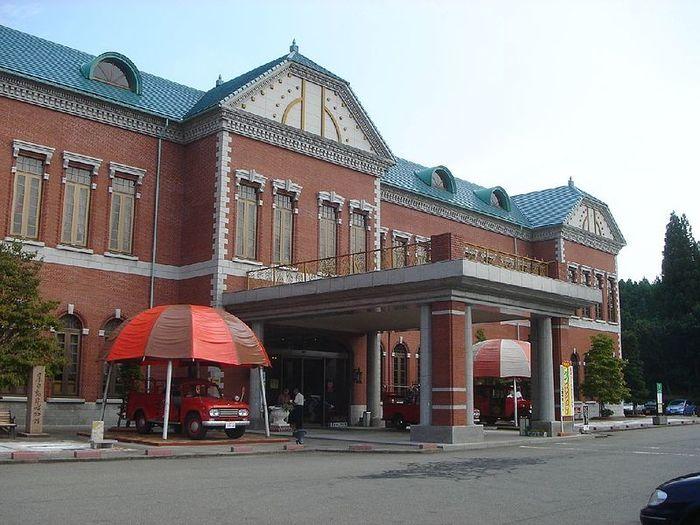 【石川】日本自動車博物館:約500台の車が展示!世界のトイレも大集合!