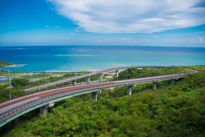 沖縄本島でおすすめのドライブスポット&人気のグルメスポット