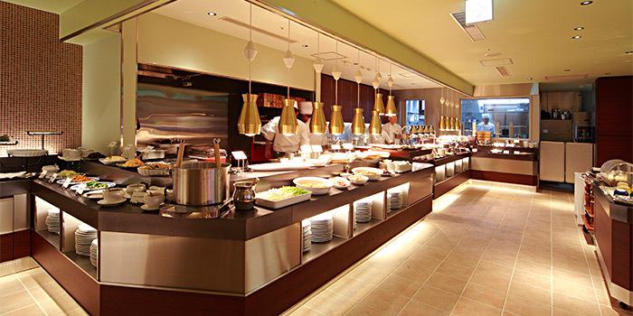 【横浜】人気ホテルビュッフェ14選|贅沢なひと時を特別な場所で過ごそう
