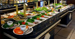 ホテルで贅沢に食べ放題を!宝塚で人気のおすすめホテルビュッフェ・バイキング