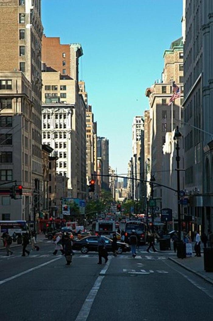 買い物天国ニューヨーク・ミッドタウン「5番街」でお得なショピング!