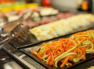 お腹いっぱい食べられる!天王寺の人気ビュッフェ・バイキング