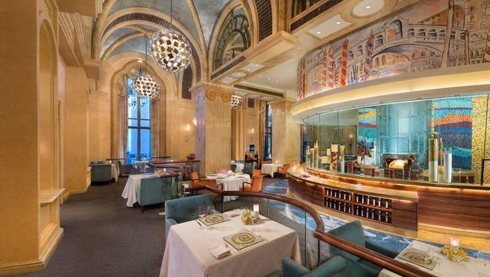 【アブダビ】エミレーツ パレス:ウォーターパークも併設。豪華絢爛7つ星ラグジュアリーホテル