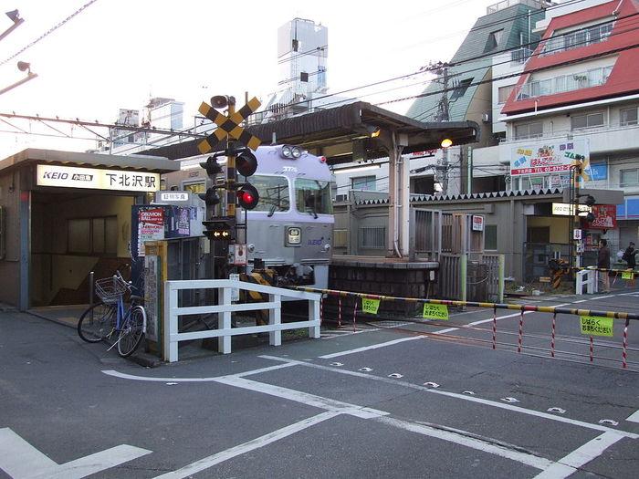 小田急小田原線・下北沢駅と周辺について!様々な情報を集めてみました