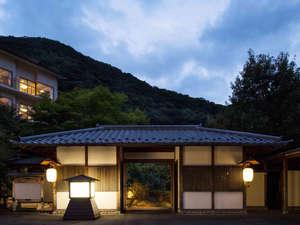 【界 川治】日光東照宮や中禅寺湖への観光拠点におすすめ!里山を体感できる星野リゾートの宿