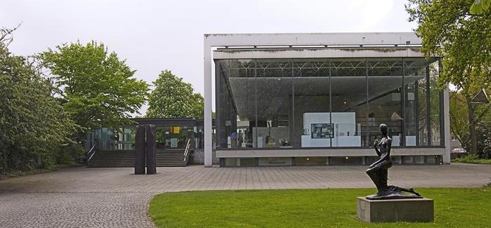 """【ドイツ】デュッセルドルフの観光名所、""""世界一美しい並木道""""に出かけよう!"""