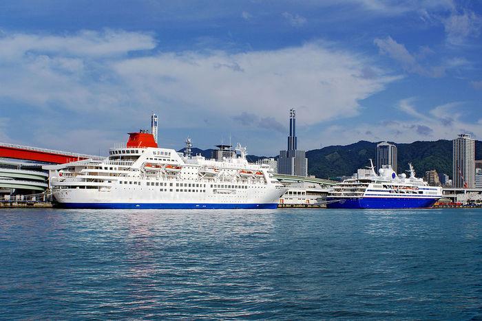 神戸からのフェリーはどこへ行く? 神戸から行く船の旅
