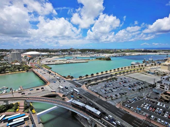 リーガロイヤルグラン沖縄は空港間近!優雅な滞在が叶うぜいたくホテル